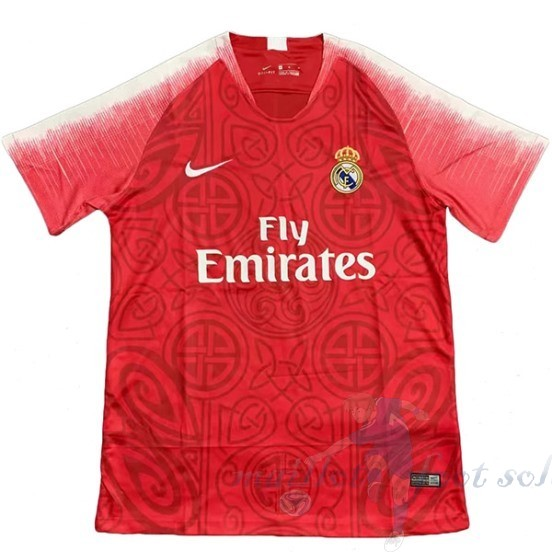 Pas Cher Maillot Foot Nike Concept Maillot Real Madrid 2019 2020 Rouge